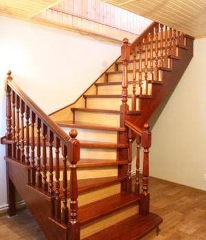 Цельнодеревянная лестница Татарстан Аметьево