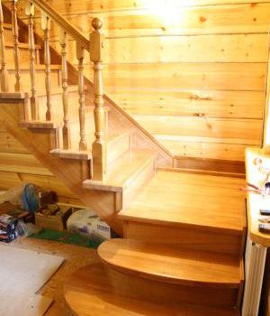 Цельнодеревянная лестница Татарстан Балтаси